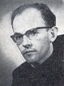 Jako mladý kněz (přijal řádové jména Walter)
