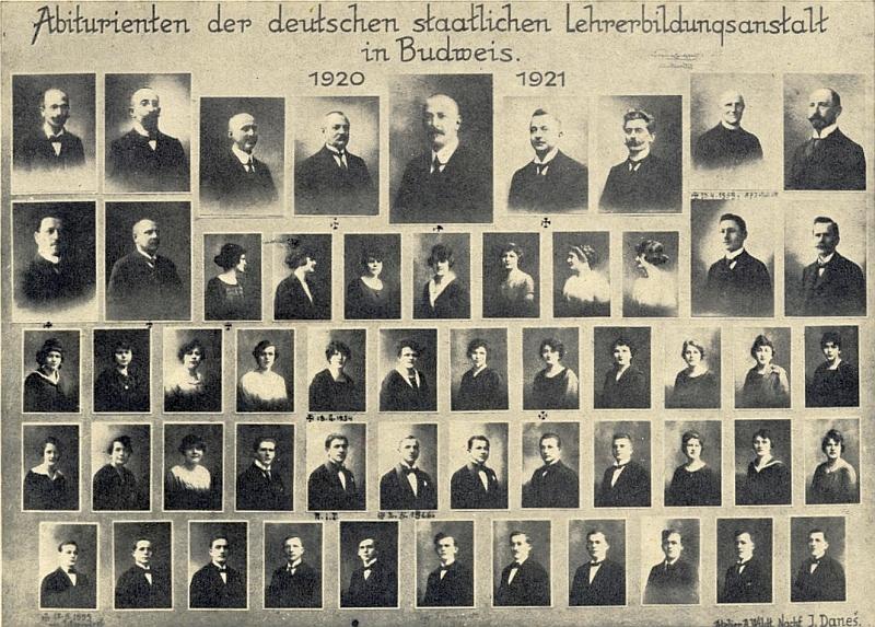 Na tablu abiturientů německého učitelského ústavu v Českých Budějovicích z roku 1921 je zachycen na druhé podobence zprava v horní řadě, kam kdosi připsal i datum úmrtí (viz i Rudolf Leberl)