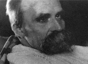 """Snímek z roku 1899, jehož autorem je Hans Olde, je jedním z řady nazvané """"Nemocný Nietsche"""""""