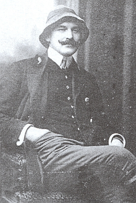 Ing. Antonín Nikendey starší (1887-1961) na snímku z roku 1910