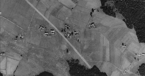 Kozí Stráň (Geisleithen) před zánikem na leteckém snímku z roku 1952