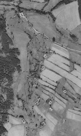 ... a blízké Rapotice na leteckých snímcích z let 1952 a 2008