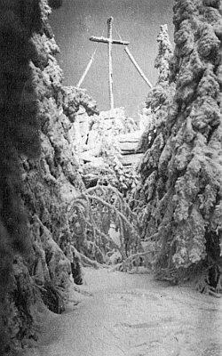 Rozhledna na Hochsteinu v zimním hávu...