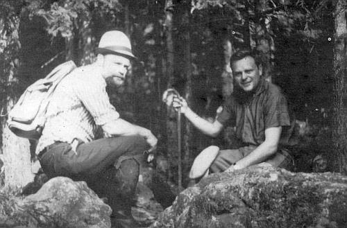 S bratrem Martinem v roce 1965 na vrchu Stoaberg nad dnešními Novými Hutěmi, místě jejich dětských her