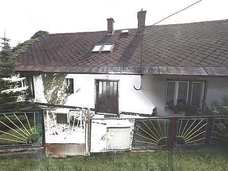 Rodný dům čp. 139 v Lipové-Lázních na snímku z roku 2015...
