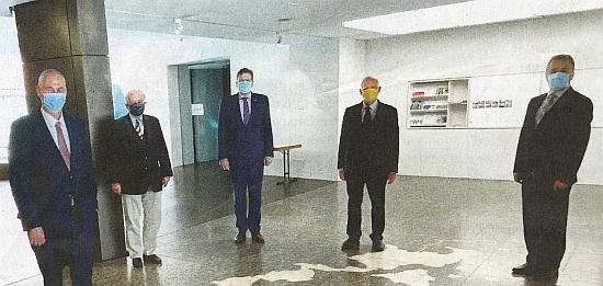 Je po něm pojmenován foyer Sudetoněmeckého domu v Mnichově, zde se stojícími návštěvníky v době koronavirové epidemie