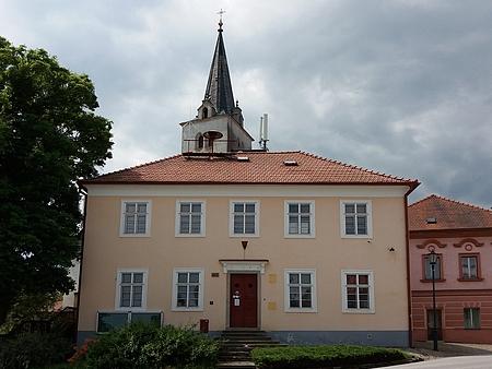 Rodný dům čp. 2 v Přídolí, místní škola