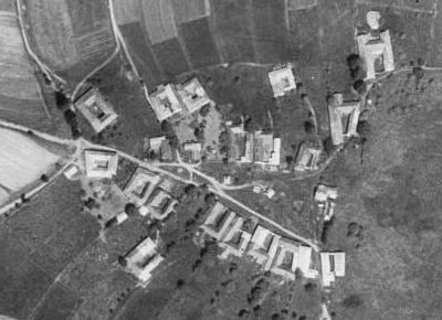 Rodný Černíkov (viz i Josef Panhölzl) na leteckých snímcích z let 1949 a 2008