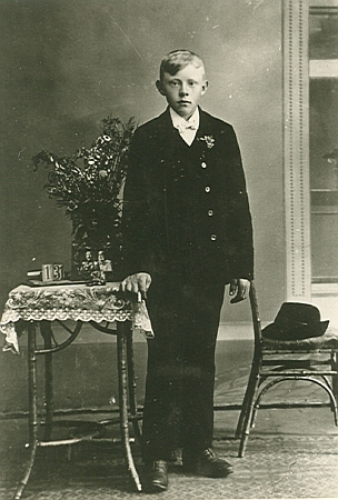 Bratr Ludwig, narozený v Černíkově na čp. 1 roku 1901