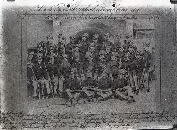 Sbor ostrostřelců královského svobodného města Kašperské Hory na snímku z roku 1890