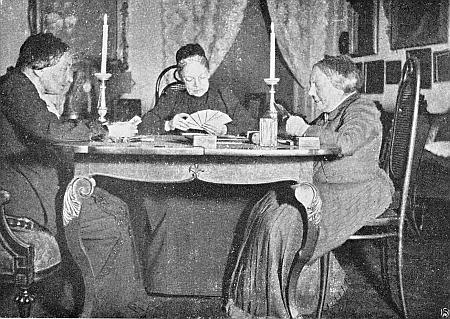 Při partii taroků sedí první zleva s Marií von Ebner-Eschenbachovou a Idou Fleischl-Marxow někdy kolem roku 1890