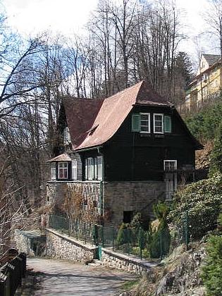 Vila Abendfrieden na současném snímku