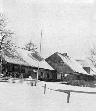 """Dům čp. 5, kde se říkalo """"u Petschiků"""""""