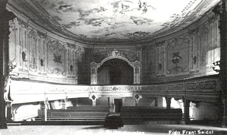 Hlediště zámeckého divadla v Českém Krumlově na snímku Franze Seidela