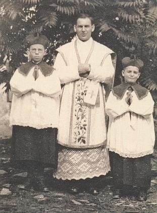 Jako mladý kněz v Hartmanicích