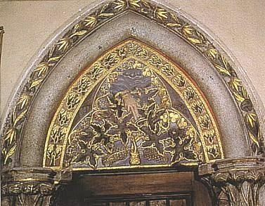 Tympanon ve vyšebrodském klášteře na staré kresbě a dnes (viz i Bernhard Grueber)