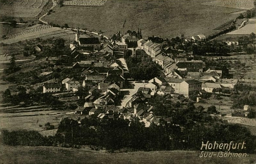 Město Vyšší Brod na snímku Josefa Seidela, pořízeném v roce Pilsova narození 1917