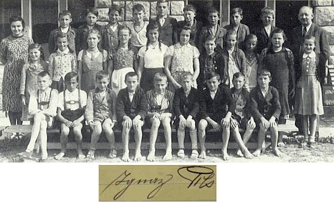 Se svými žáky v roce 1939
