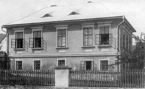 Někdejší škola v Korkusově Huti