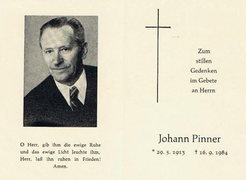 Úmrtní lístky Hanse Pinnera a jeho ženy Kathi, roz. Veitsové, vnučky malíře Franze Veitse a sestry jeho vnuka Fritze Veitse