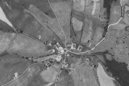 Svatomírov na leteckých snímcích z let 1952 a 2011