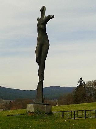 Hřbitov obětí pochodu smrti ve Volarech (viz i Werner Ruge)
