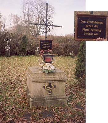 Kříž na paměť někdejších cetvinských rodáků blízko zaniklé vsi