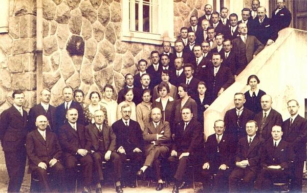 Se svými zaměstnanci v Loučovicích