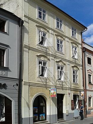 Dům čp. 10 v českobudějovické Hroznovéulici