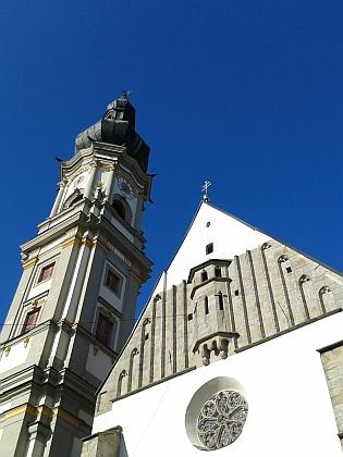 Kostel Nanebevzetí Panny Marie v rodném Deggendorfu