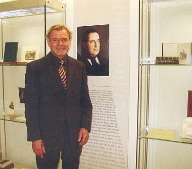 Při slavnostním znovuotevření Šumavského muzea vPasově 2007 (Manfreda Pranghofera můžeme vidět hovořit a zpívat i ve filmech Zdeňka Flídra, viz Franz Bayer a Anna Jelineková)