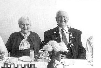 Ještě jednou se svou ženou Elfi, narozenou 26. října 1930 ve Chvalšinách - společně oslavili v roce 2010 osmdesátiny a také více než půlstoletí manželství
