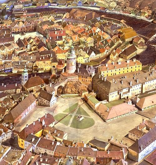 """Českokrumlovský zámecký """"Tummelplatz"""" (tj. Rejdiště""""), jak jej zachytil keramický model města"""