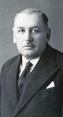 Její otec byl starostou města Bor u Tachova v převratných dnech roku 1938