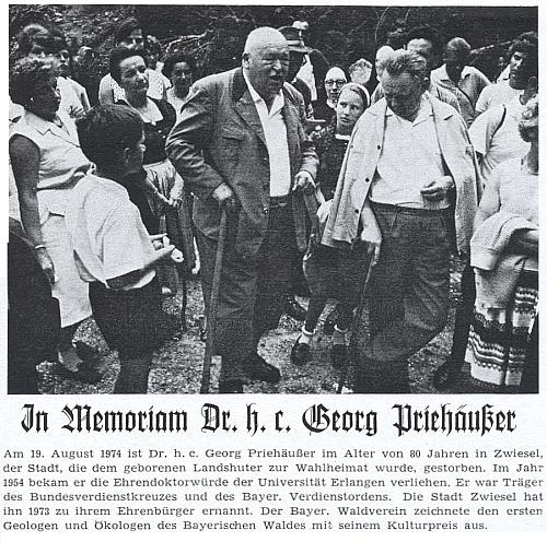 Snímek v záhlaví jeho nekrologu ho zachycuje na jedné z exkurzí, které vedl