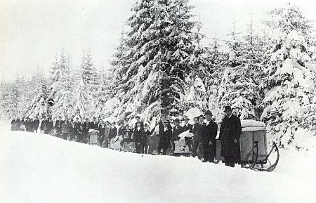 Jiná, tentokrát zimní výprava s nevěstinou výbavou někde v lesích při Rychnůvku a ostatních jako on zaniklých osadách