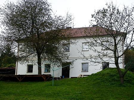 Někdejší škola ve Veveří