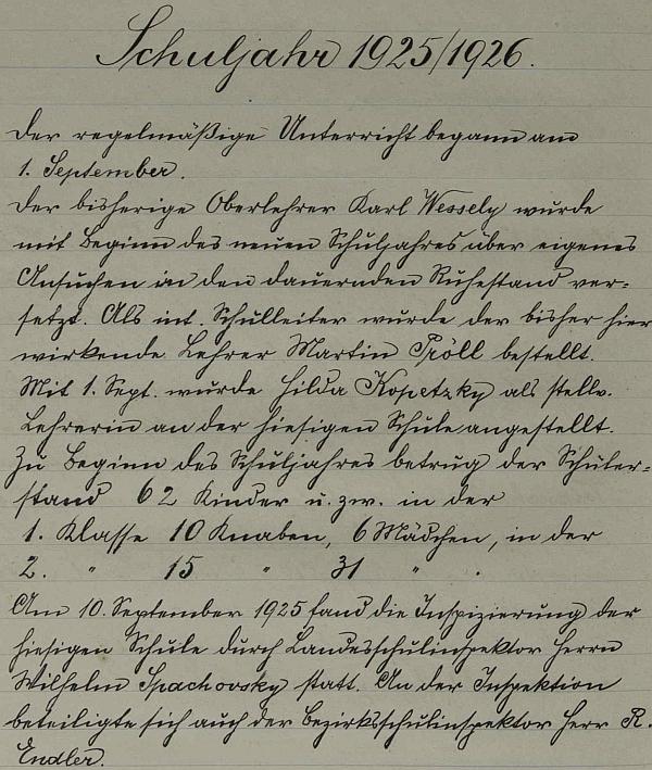Úvodní zápis ve školní kronice pro školní rok 1925/26, kdy převzal vedení školy