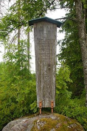 Umrlčí prkno stojí na Ruckowitzschachten za někdejší starý Girglhof a jeho majitele