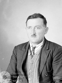 Otec Mathias Puritscher z Rovného čp. 2 na snímku z listopadu roku 1944