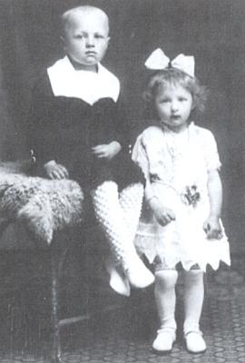 S bratrem Franzem v dětském věku