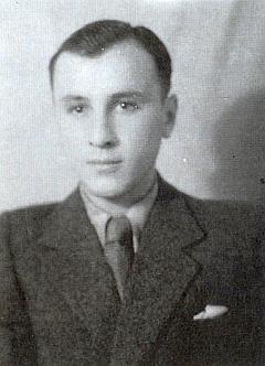 Snímek z léta 1948 byl pořízen ještě vruském zajetí ve městě Murmansk