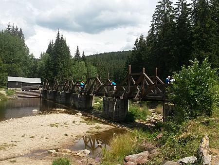 Hradlový most (rechle) na současném snímku (2015)