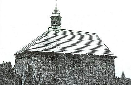 Stará poutní kaple sv. Kunhuty při tzv. Vysoké cestě na Prenetu