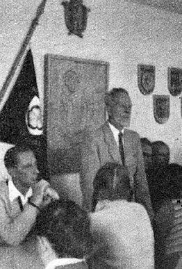 S Gustavem Schusterem na dalším setkání s mladými v roce 1957