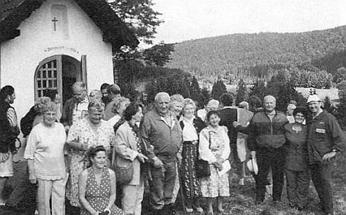 Kaple nad někdejším Uhlíkovem, obnovená v roce 1996