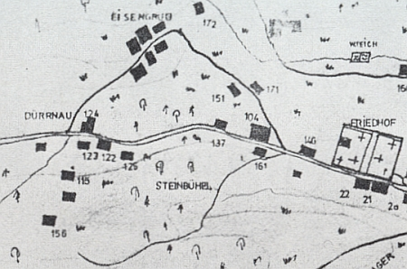 """Dürrnau a maminčin rodný """"Stini-Häusl"""" blízko někdejšího Záhliní (Eisengrub) na detailu z plánu obce Hořic na Šumavě"""