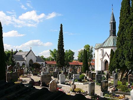 Hřbitov ve Waging am See, kde je pochována