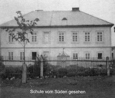 Hůrecká škola od jihu