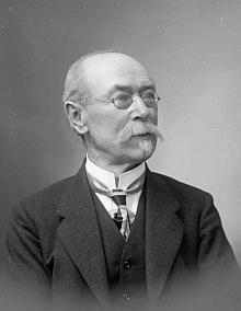 Na snímku z fotoateliéru Seidel, datovaném 6. května roku 1918